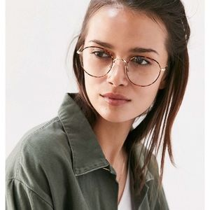 96739c119d Urban Outfitters Accessories - Kendall Round Readers